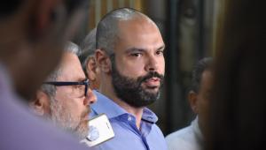 Covas diz que vai aproveitar interdição após desabamento para recapear Marginal Pinheiros