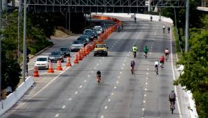 Prefeitura aproveitará trecho interditado da Marginal Pinheiros para realizar recapeamento de via