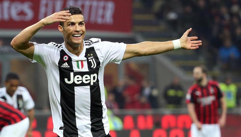Cristiano Ronaldo compara Juventus com Real Madrid   Aqui todos ... c8f7d23f1ea7e
