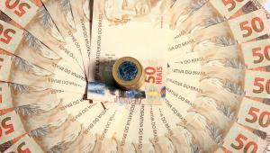 Denise: Economia cresce, mas não supera expectativas