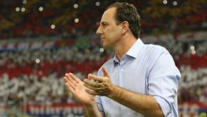 Campeão cearense, Rogério Ceni tem proposta para assumir Atlético-MG