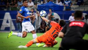 Corinthians perde para o Cruzeiro no Mineirão e pressão aumenta