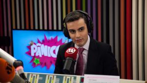'Claudia Leitte ficou chateada por não ganhar abraço do Silvio', diz Dudu Camargo sobre polêmica no Teleton
