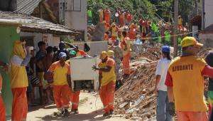 Último Plano Diretor de Niterói, onde 15 pessoas morreram em deslizamento, foi feito há 26 anos