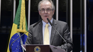 Senado arquiva projeto que propunha mudar Lei da Ficha Limpa