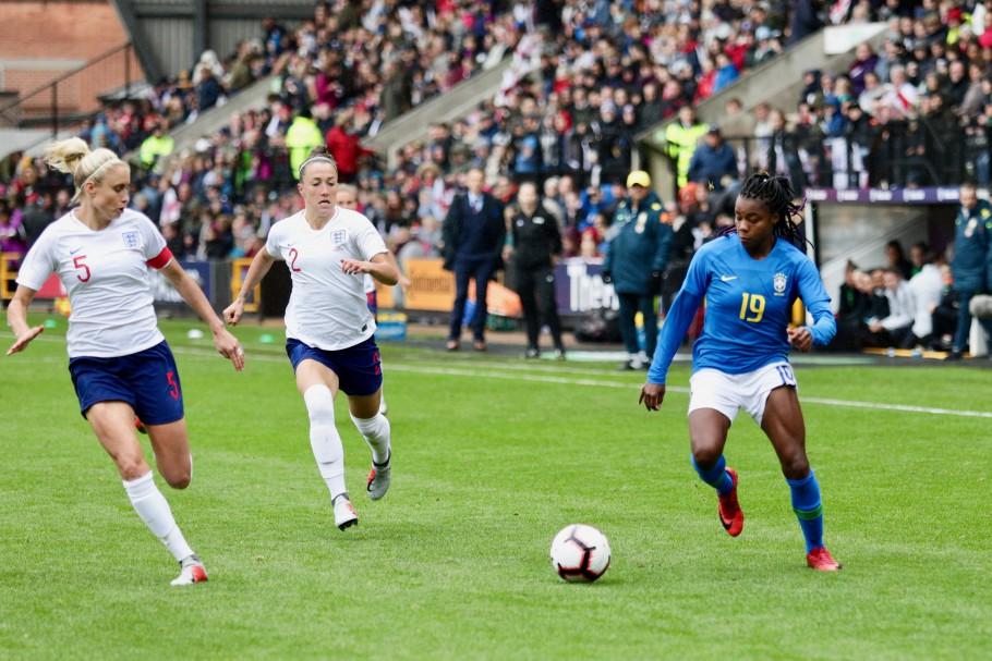 CBF Seleção feminina perdeu para Inglaterra recentemente 3c7c4c67d0884