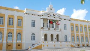 Juízes da Paraíba poderão 'vender' até 15 dias de férias para ganhar mais