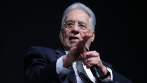 """FHC afirma que Bolsonaro faz parte de """"forças raivosas"""""""