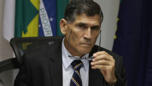 Vera: Ao deixar aliados pelo caminho, Bolsonaro cria inimigos de forma desnecessária