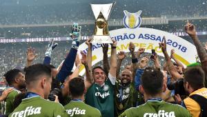 Bolsonaro volta a cravar: 'Neste ano, Palmeiras será bicampeão Mundial'