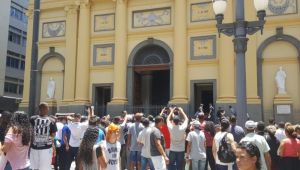 Temer diz estar 'profundamente abalado' com atentado em Campinas