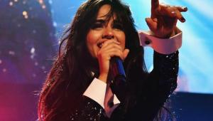 Camila Cabello anuncia pausa na carreira: 'Vou me inspirar para a nova era'