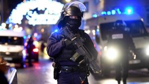 Polícia segue em busca de atirador responsável por ataque em Estrasburgo