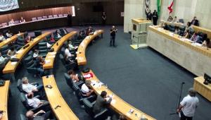 Proibição a canudo de plástico é aprovada pela Câmara de SP