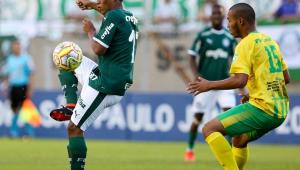 Palmeiras ajuda adversário que ficou sem passagem para voltar ao Acre