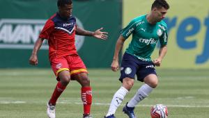 Após novas inscrições, só restam 3 vagas para 9 jogadores do Palmeiras