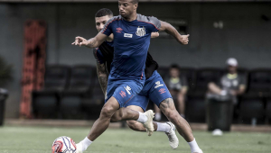 Carlos Sánchez descarta clima de amistoso contra o Corinthians: 'é clássico'