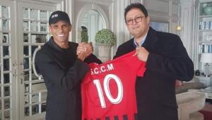 Rivaldo nega acerto para comandar clube do Marrocos: 'quem sabe no futuro'