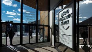 Vera Magalhães: Um olho no Brasil e outro em Davos