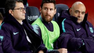 Barcelona passa dificuldades, mas Messi sai do banco e decide