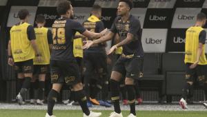 Sem Boselli na estreia, Corinthians tem 3 opções e aguarda Vagner Love