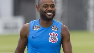 Corinthians enfrenta Deportivo Lara com dúvidas no ataque e problema na zaga