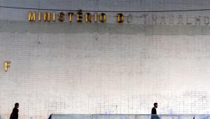 Fux não vê urgência em ação contra medida provisória que extinguiu Ministério do Trabalho