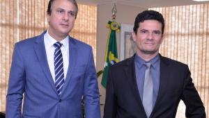 Contra ataques, governador do Ceará pede 90 agentes penitenciários a Moro