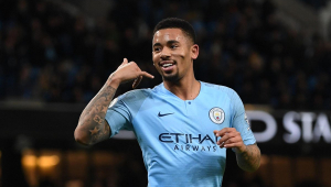 Jesus volta a brilhar, Manchester City vence e segue na cola do Liverpool