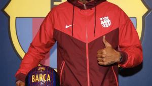 Barcelona anuncia Kevin-Prince Boateng por empréstimo