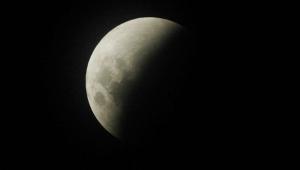 Eclipse lunar total com 'superlua' poderá ser visto em todo Brasil