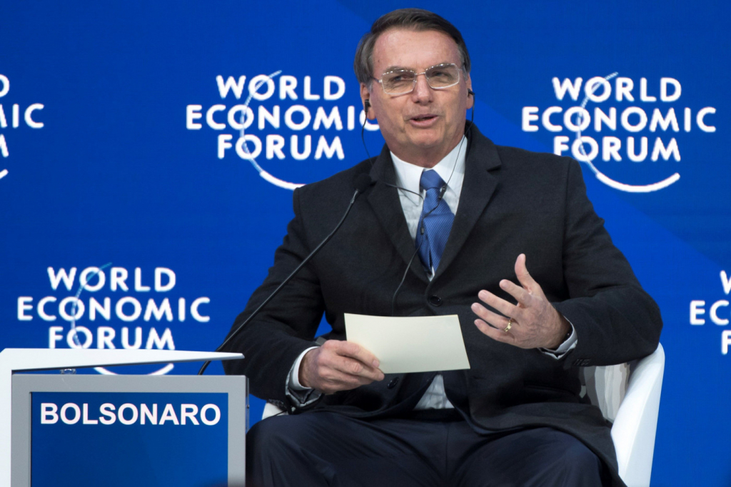 Resultado de imagem para Bolsonaro no Fórum de Davos