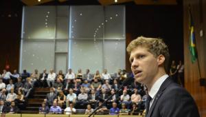 NOVO confirma candidatura de van Hattem para Presidência da Câmara