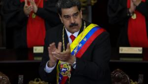 Maduro pede plano de implantação permanente de militares na Venezuela