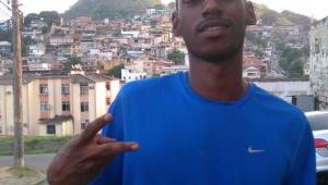 Polícia solta eletricista preso injustamente por morte de rapaz que protegeu a mãe no RJ
