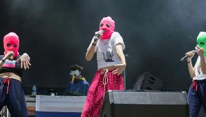 Grupo de punk rock feminista Pussy Riot virá ao Brasil pela primeira vez; veja datas e locais dos shows