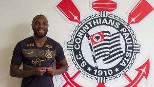 Corinthians oficializa a contratação de zagueiro Manoel, ex-Cruzeiro