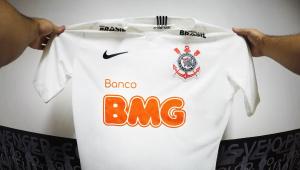 Corinthians anuncia mais um acordo e agora tem 6 patrocinadores no uniforme