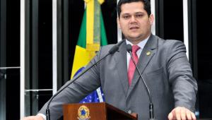 Alcolumbre diz que Câmara foi soberana ao votar mudança eleitoral