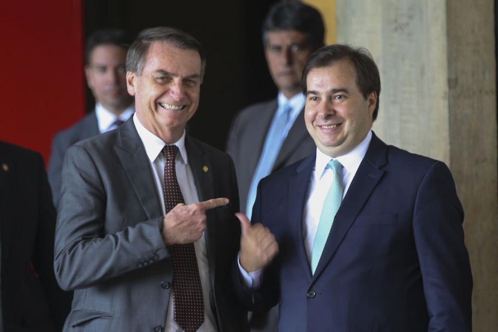 Carlos Andreazza: Quem acredita que agora temos a paz no Governo?