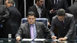 'Se for verdade, ultrapassou o limite ético', diz Alcolumbre sobre Moro