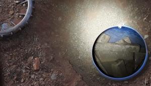 Polícia encontra drogas e munições dentro de tambor enterrado em galinheiro no interior paulista