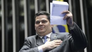 Alcolumbre briga na Justiça para não divulgar gastos de parlamentares