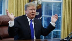 Relatório Mueller cita 11 'potenciais tentativas' de Trump de obstruir justiça