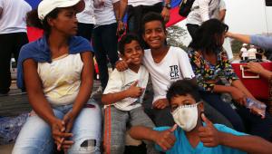 Primeiro caminhão brasileiro de ajuda humanitária chega à fronteira