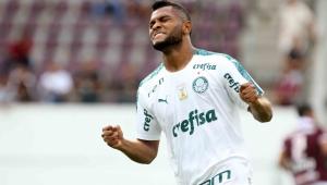 Palmeiras perde chances de gol e só empata na estreia de Goulart