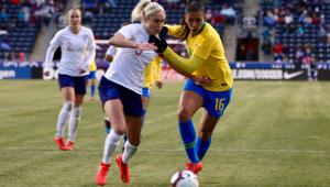 Destaque da Seleção feminina admite que Brasil tem pouco tempo para ajustar problemas