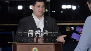 Davi Alcolumbre diz que CPI da Lava Toga 'não vai fazer bem para o Brasil'