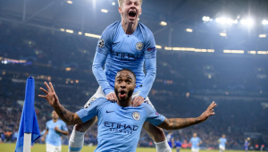 'Sterling é um dos cinco melhores jogadores do mundo', diz lenda do United