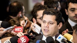 Davi Alcolumbre diz ter pedido a consultores parecer sobre 'temas polêmicos' da reforma da Previdência